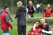 Sanchez vui vẻ tập luyện,chờ hợp đồng 290.000 bảng/tuần