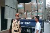 Bắt xe tải chở nhiều hàng hóa không rõ nguồn gốc
