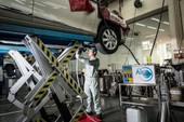 Toyota triển khai dịch vụ vệ sinh giàn lạnh điều hòa