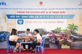 Náo nhiệt 'Sinh viên lái xe ô tô an toàn 2017'