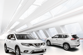 Nissan X-Trail và Sunny phiên bản cao cấp có gì mới?