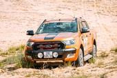 Ranger, Transit và Explorer giúp Ford tăng trưởng tốt