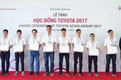Toyota trao 35 học bổng cho sinh viên phía Nam