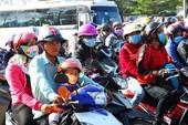 Cấm xe máy: Dân đi lại bằng gì?