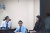 Phiên xử vụ kiện của diễn viên Ngọc Trinh bị hoãn