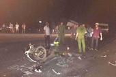 Đối đầu ô tô 2 thanh niên thiệt mạng
