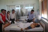Lãnh đạo thăm nạn nhân vụ tai nạn 3 xe giường nằm