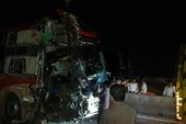 3 xe giường nằm tông nhau, 20 người thương vong