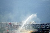 Clip: Lính Việt-Mỹ diễn tập sự cố tràn dầu ở Đà Nẵng