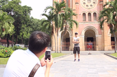 Lưu giữ hình ảnh nhà thờ Đức Bà trước khi trùng tu