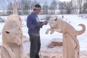 'Hô biến' 2 khúc gỗ thành 2 con vật dễ thương