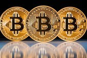 Nhập 100 'trâu cày Bitcoin' TQ nhưng bị mắc kẹt