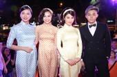 Áo dài chấm bi Sài Gòn nổi bật ở giải Cánh diều