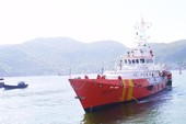 Cứu ba ngư dân Bình Định bị nạn