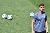 Hành quân đến Deportivo, Zidane loại Ronaldo