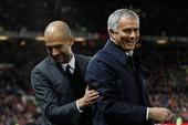 Mourinho làm gì trước trận derby Manchester?