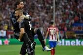 Real đặt giấc mơ cú đúp vào... Sevilla