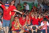 Người hâm mộ 'nổ tung' vì U-20 Việt Nam