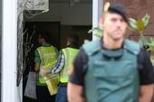 Cựu chủ tịch Barca bị bắt, Real vui vì có Vinicius