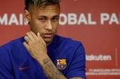 Neymar xin lỗi vì cãi lời bố để đến PSG