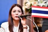 Hai nữ trưởng đoàn 'hot girl' bóng đá Thái là ai?