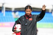 """U-18 Việt Nam đè bẹp Indonesia: Ông Tuấn """"con"""" quá hay"""
