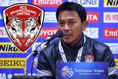 Cựu tiền vệ HA Gia Lai 'đẩy' Kiatisak sang... Indonesia