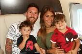 Messi trông 'gái rượu' như Beckham?