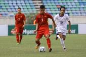Đánh bại Macau, Việt Nam 'bỏ túi' 3 điểm đầu tiên