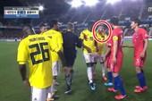 Chế nhạo đôi mắt người Hàn,sao Colombia sẽ bị phạt nặng