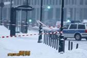 Nóng: Phong tỏa văn phòng thủ tướng Đức vì bưu kiện khả nghi