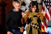 Vợ chồng tổng thống Obama nhún nhảy tại lễ Halloween