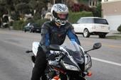 Đồ bảo hộ khi đi xe mô-tô quan trọng tới mức nào?