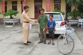 Cậu bé 14 tuổi đạp xe đi lạc gần 250 km