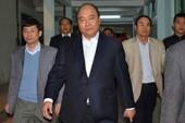 Tối 13-1, Phó Thủ tướng Nguyễn Xuân Phúc đến thăm ông Nguyễn Bá Thanh