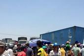 Dân lại 'tái chiếm' QL1A tiếp tục phản đối 'bão xỉ'