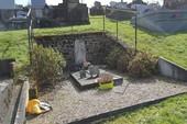 Ngậm ngùi thăm mộ Nam Phương hoàng hậu