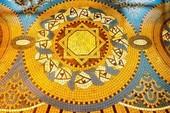 Thương xá Tax và câu chuyện thảm gạch Mosaic đến từ kinh thành Fes