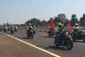Tranh cãi việc thí điểm xe mô tô vào cao tốc