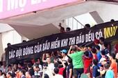 Nguy cơ vỡ sân ở V-League