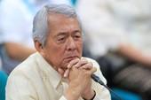 Ngoại trưởng mất chức vì nói dối về quốc tịch