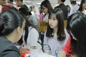 2.000 HS dự ngày hội tư vấn tuyển sinh tại ĐH Hoa Sen
