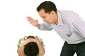 Cha, mẹ đánh con bị xử lý như thế nào?