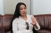 Ca sĩ Hồng Hạnh: 'Tòa chậm giải quyết ly hôn'