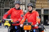 Hai chàng trai Đức đạp xe qua 18 nước đến Việt Nam