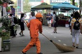 Công nhân đường phố giúp công an phá án