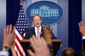 Thêm quan chức Nhà Trắng có nguy cơ bị sa thải