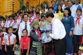Chủ tịch nước gặp mặt trẻ em có hoàn cảnh đặc biệt