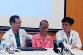 Phẫu thuật khối u khổng lồ trên mặt cô gái 21 tuổi