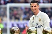 Hãy bán Ronaldo khi còn được giá!